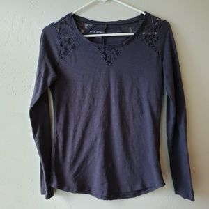 🖤Maurices🖤 Long Sleeve Lace Tee